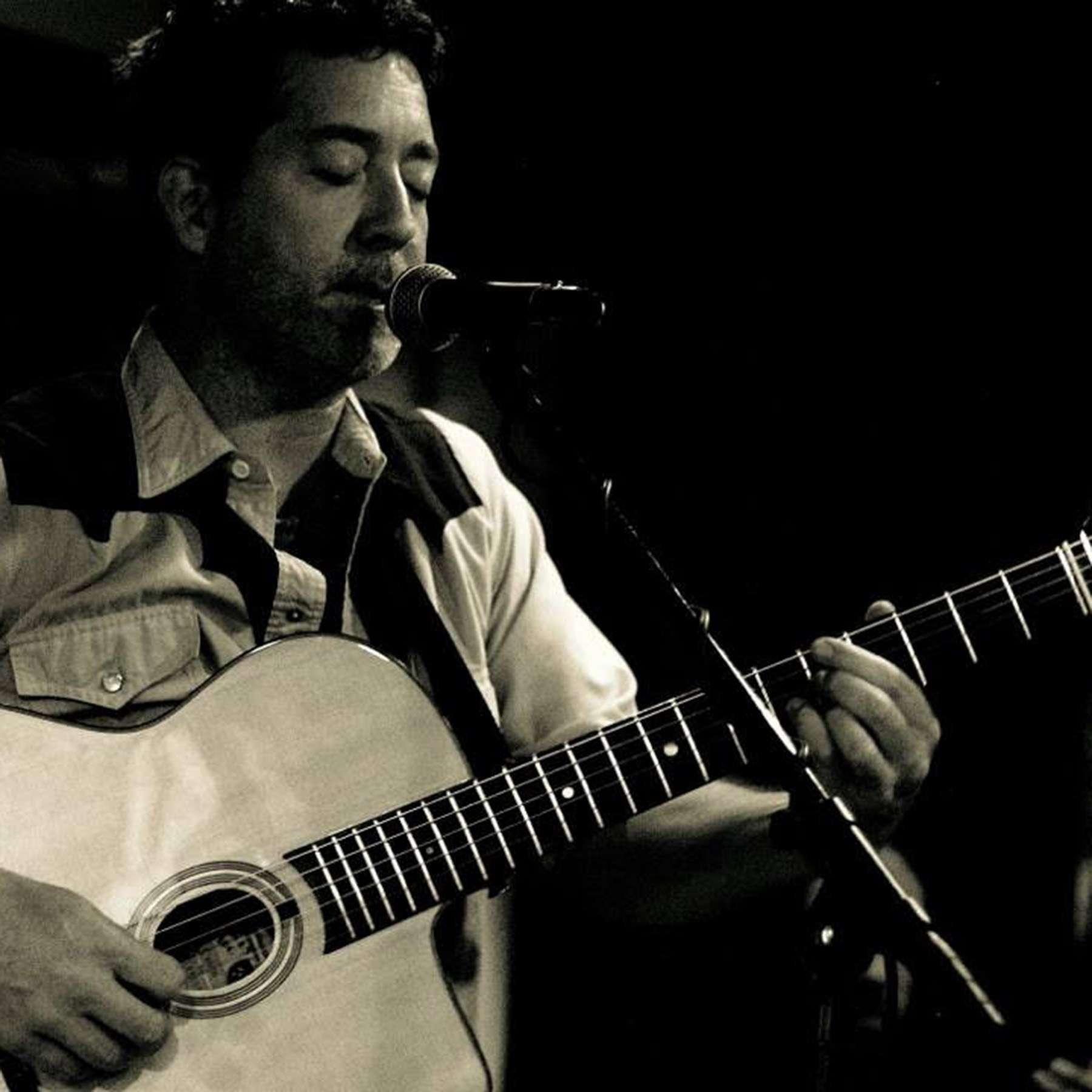S3E50 - Guitarist Jon Garner